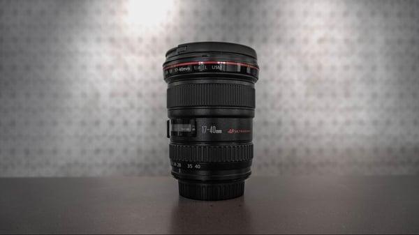 Canon L-series camera lense