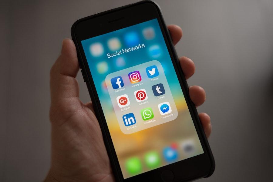 social media on cell phone